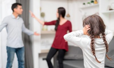 familia discutiendo por problemas familiares